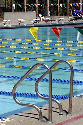 Taiwan swimming swimming pools places to swim in taiwan for Alderwood pool public swim times