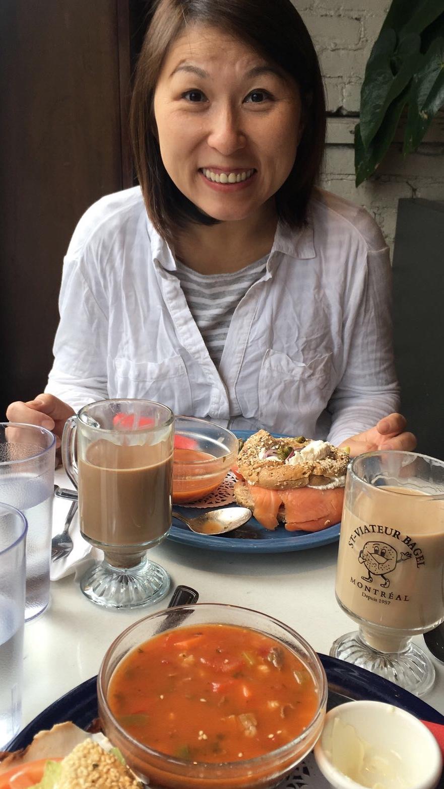 Teaching English and Living in Taiwan Tutors  外籍家教、語言家教, Available to teach Mandarin or Englsih image