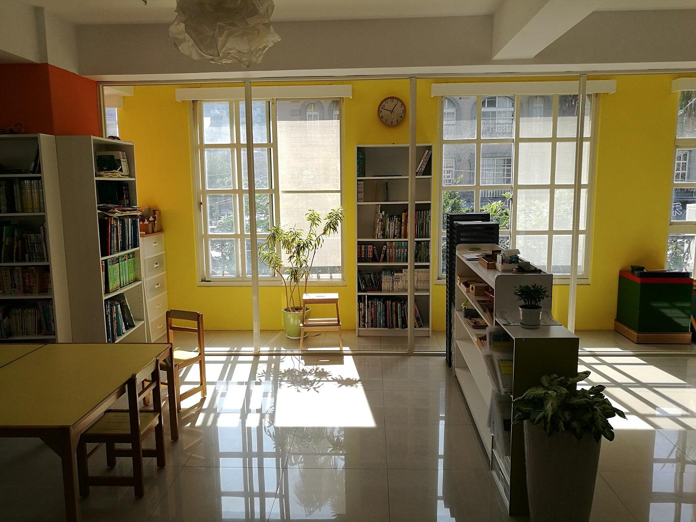 Teaching English and Living in Taiwan, A GREAT Job, Harmony Montessori School image