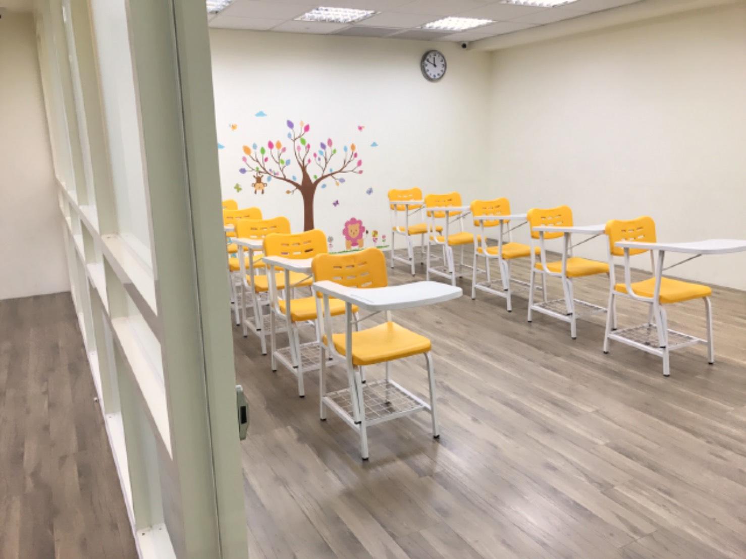 Teaching English and Living in Taiwan Jobs Available 教學工作, SHANE ENGLISH SCHOOL Native English teacher wanted - SHANE ENGLISH Hsinchu  image