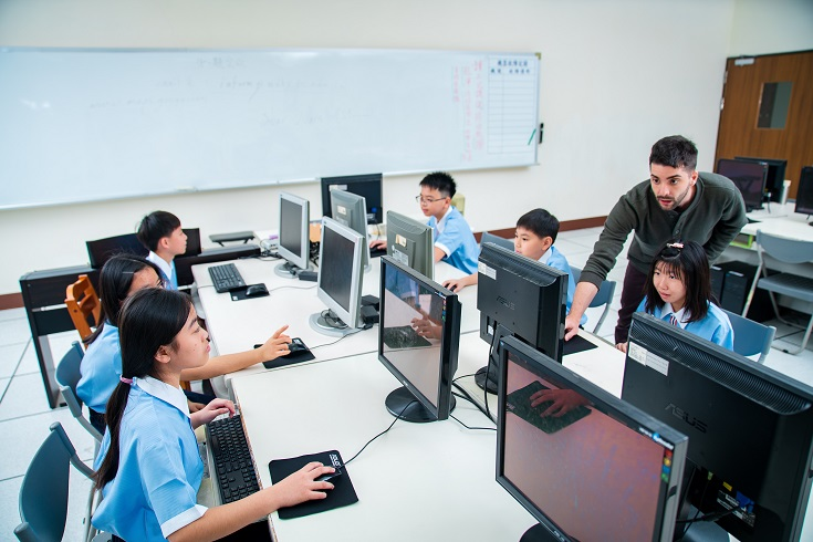 Teaching English and Living in Taiwan Jobs Available 教學工作, Ming-Der Senior High School Ming-Der Senior High School is recruiting full-time teachers image