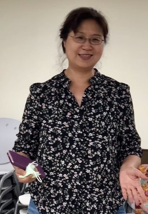 Teaching English and Living in Taiwan Tutors of Chinese Available  華語教師、華語家教, Experienced Chinese Teacher for Conversation Reading and Writing image