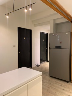 Teaching English and Living in Taiwan Apartments to Share, Newly furnished ENSUITE room with private bathroom available from Aug 1st ~ ( Shandao Temple Station) image